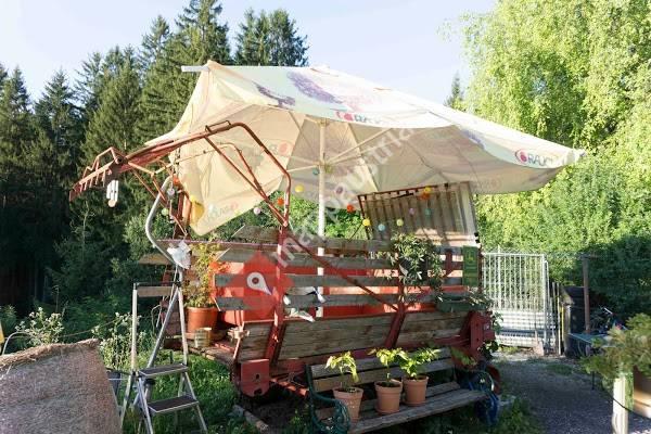 Campingplatz Mittewald / Wohnzimmer-Lounge