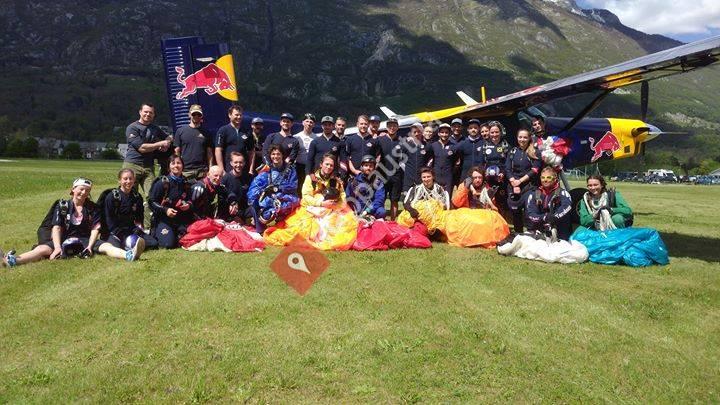 HSV Red Bull Salzburg Fallschirmsport