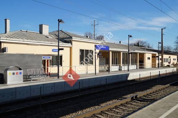 Korneuburg Bahnhof (Bahnhofplatz)