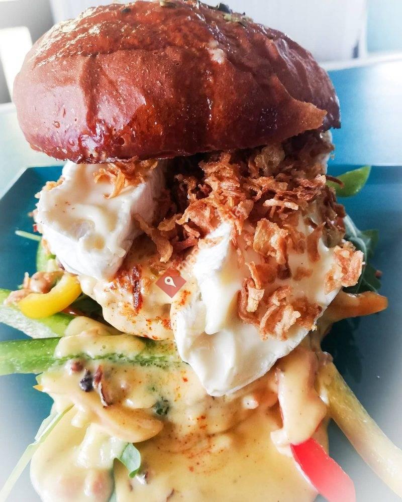 Roots Burger & more - Thomas Brunner